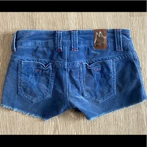 Marlow Shorts - Blue corduroy shorts